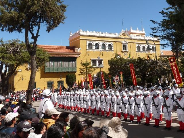 08_militaerparade.jpg