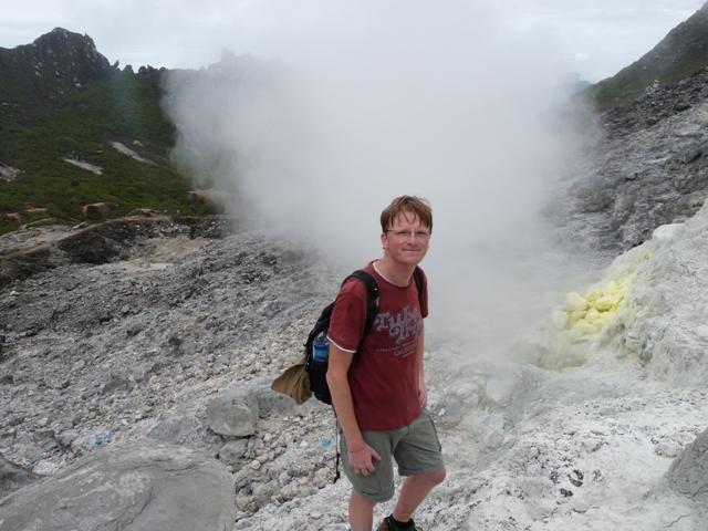 16_auf_dem_sibayak_vulkan.jpg