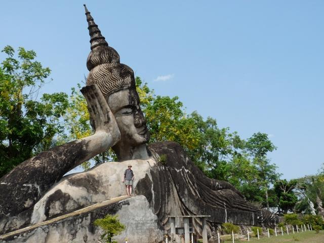 13_buddhapark_bei_vientiane.jpg