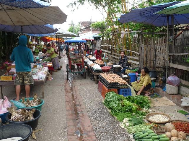 32_strassenmarkt_luang_prabang.jpg