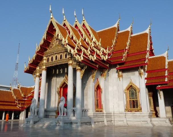 06_wat_in_bangkok.jpg