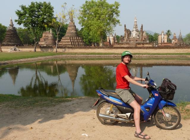 09_tempelruinen_von_sukhothai.jpg